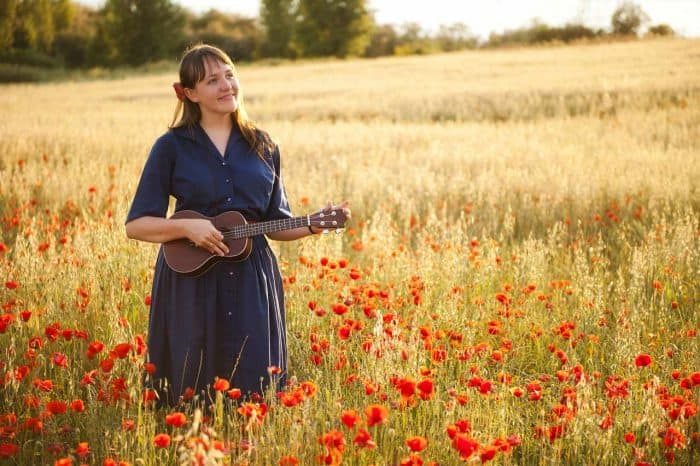 Ukulele Hymns in a Time of Pandemic